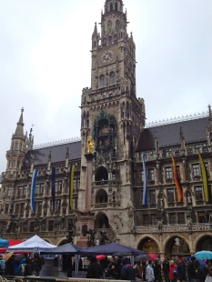 The New Town Hall, front view from the Marienplatz