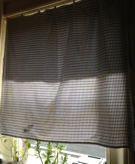 kitchen curtain finished and hanging