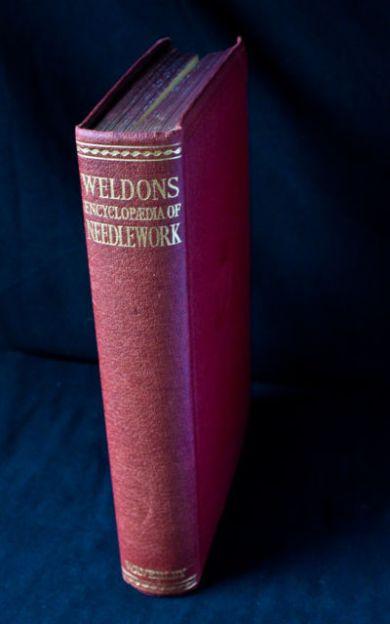 Weldons Encyclopedia of Needlework (1940)